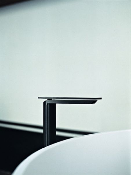 Agape-Sen-ASEN0957N-Single-hole-basin-faucet
